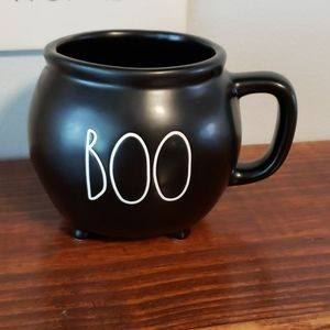 Rae Dunn cauldron mug